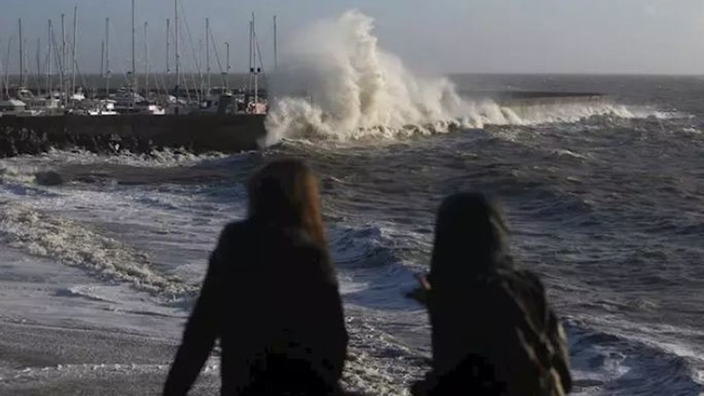 Una tormenta deja sin electricidad a 140.000 hogares en el oeste de Francia