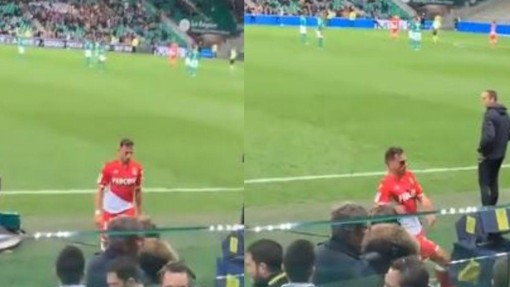 Patada al VAR: un jugador del Mónaco arremete contra la cámara tras recibir tarjeta roja