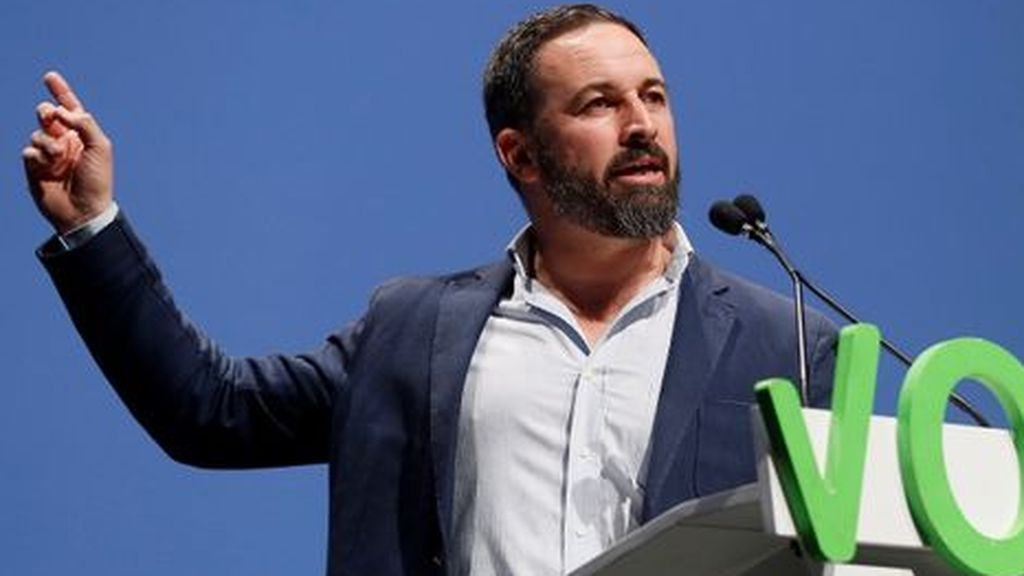 Lo que dicen las encuestas: El PSOE, peor que el 28A, Vox y PP suben y C's se despeña