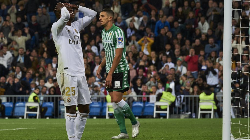 Zidane vuelve a dejar fuera de la convocatoria a Vinicius