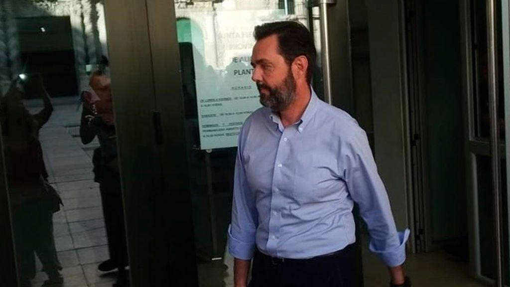 El acusado del crimen de la CAM intentó responsabilizar del asesinato al hijo de la víctima
