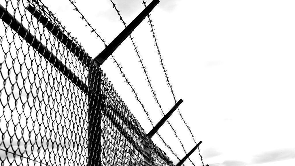 Condenan a cuatro años de cárcel a una mujer que abusó sexualmente de los novios adolescentes de sus hijas