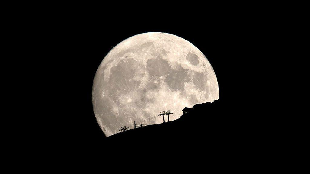 Queda muy poco para la 'luna del castor': dónde se verá mejor el primer plenilunio de noviembre