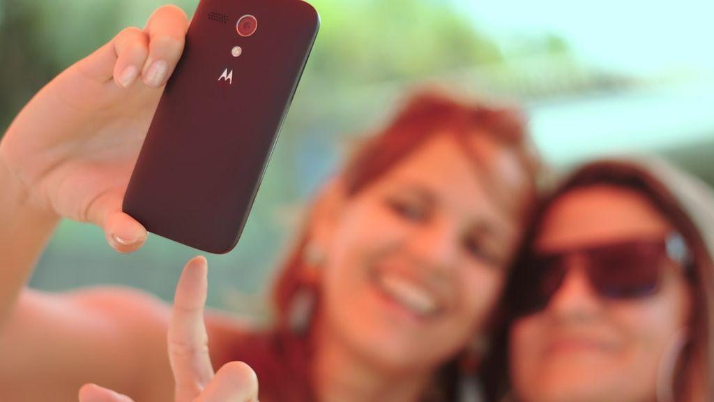 Descubren que son hermanas por un selfi: los padres descubrieron que era su hija robada hace 17 años