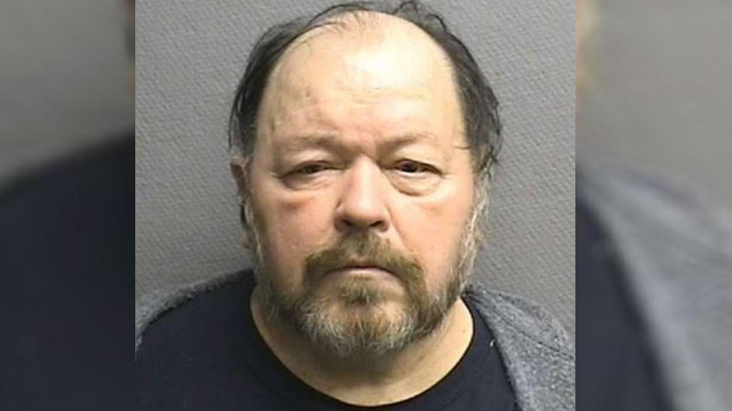 Un hombre reconoce que mató a su esposa, pero alega que lo hizo porque estaba sonámbulo