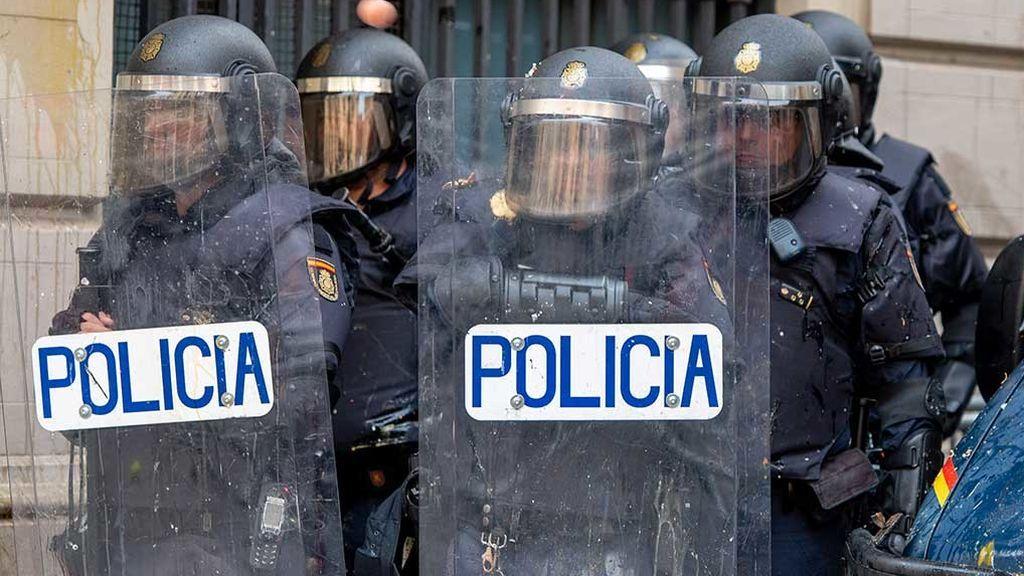 Los policías desplazados a Cataluña sí podrán votar