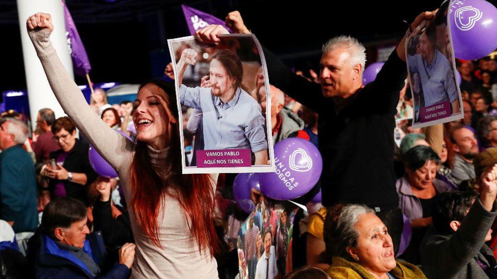 """Iglesias hace un llamamiento a sus votantes: """"El pueblo unido, jamás será vencido"""""""