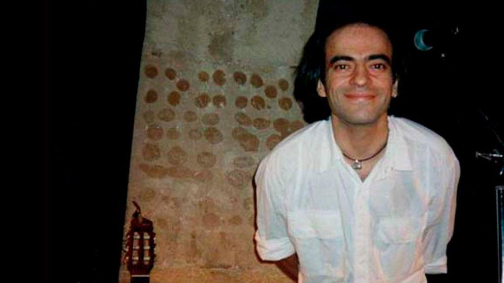 20 años sin Enrique Urquijo, conciertos, libro y ausencia