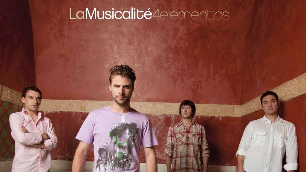 El grupo La Musicalité visita hoy Sálvame para interpretar su mítica canción 'Universo'