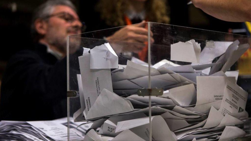 Los 178.614 ciudadanos que atenderán las mesas electorales del 10-N cobrarán 65 euros