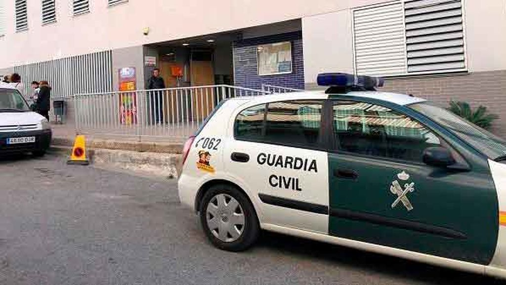 Fallece una mujer tras desmayarse en un colegio electoral de Vélez de Benaudalla (Granada) cuando iba a votar