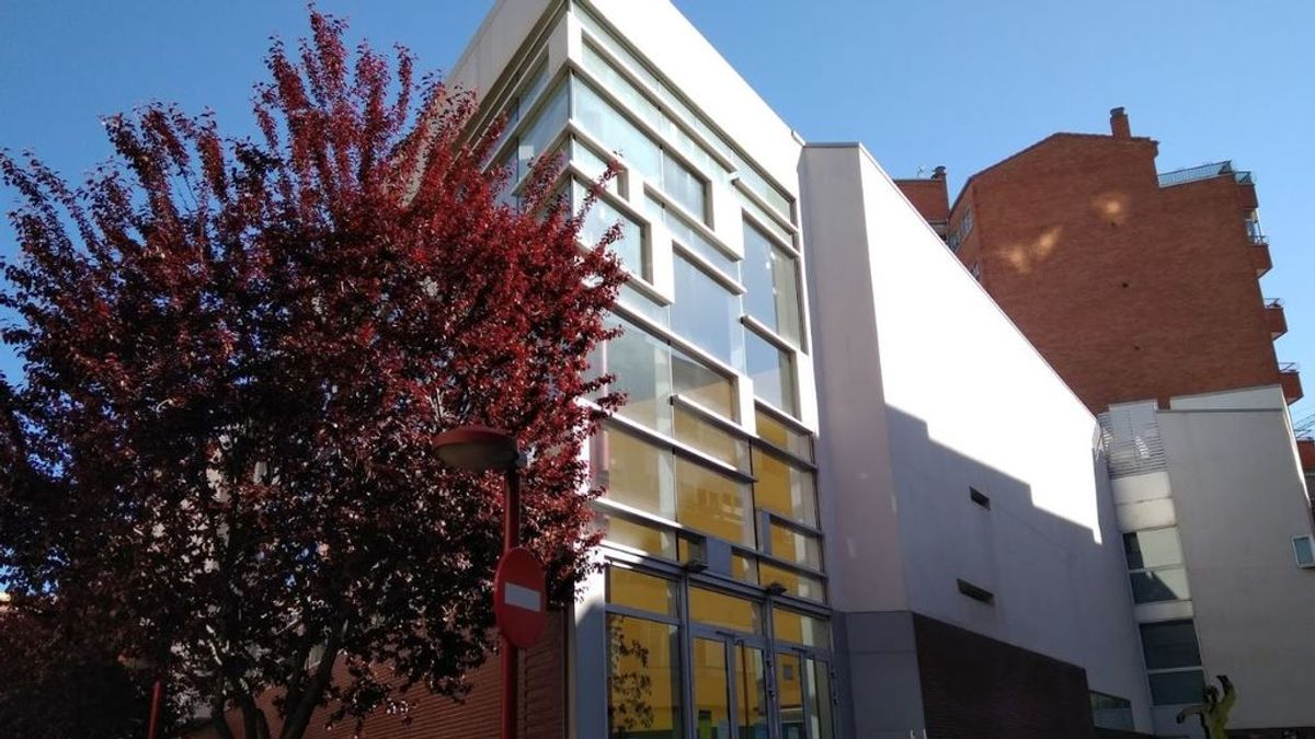Detenido un hombre por acudir con un cuchillo a un colegio electoral de Valladolid