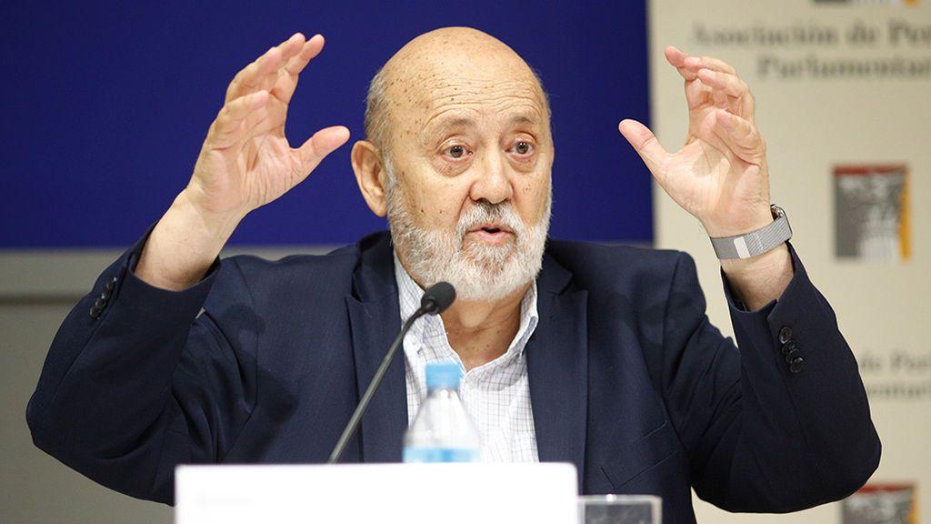 """Tezanos no dimite  y dice que el CIS no es """"una casa de adivinanzas"""""""