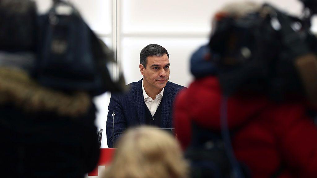 Sánchez buscará un acuerdo con Podemos y Ciudadanos que eluda a los independentistas