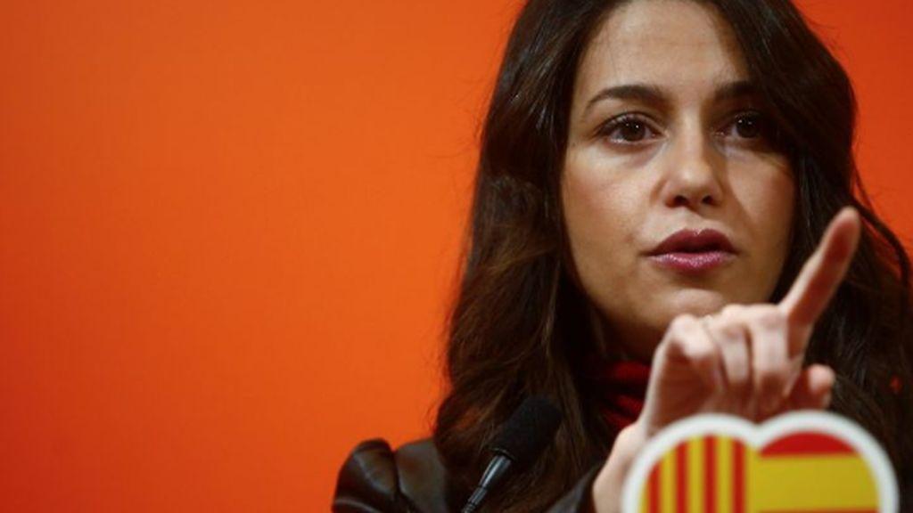 Ciudadanos dice no a Sánchez que necesita la abstención de ERC sí o sí