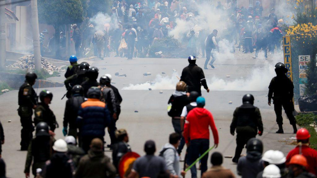 Bolivia, sacudida por el caos y el vandalismo tras el golpe militar a Evo Morales