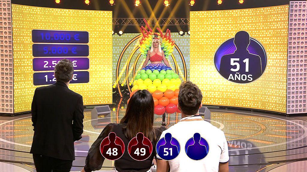 Olga y sus globos no despistan a los concursantes