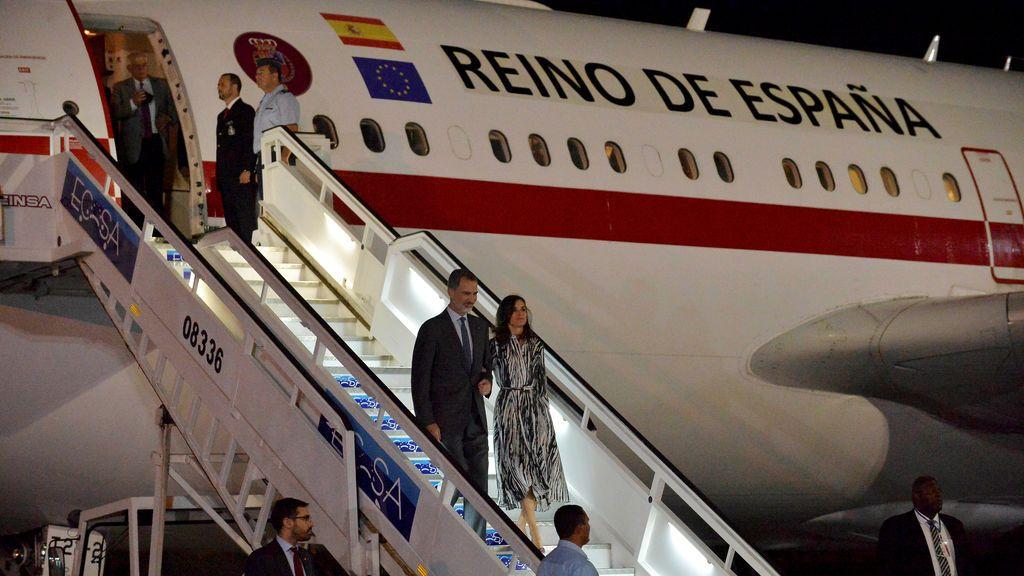 Los reyes, de viaje oficial a Cuba
