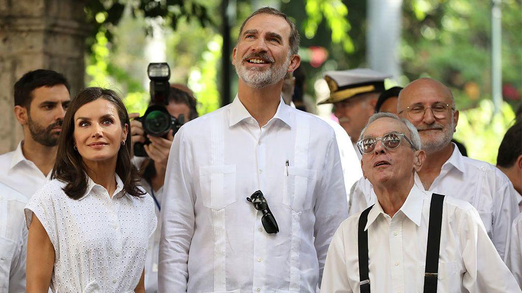 Los Reyes junto al historiador oficial de la Habana