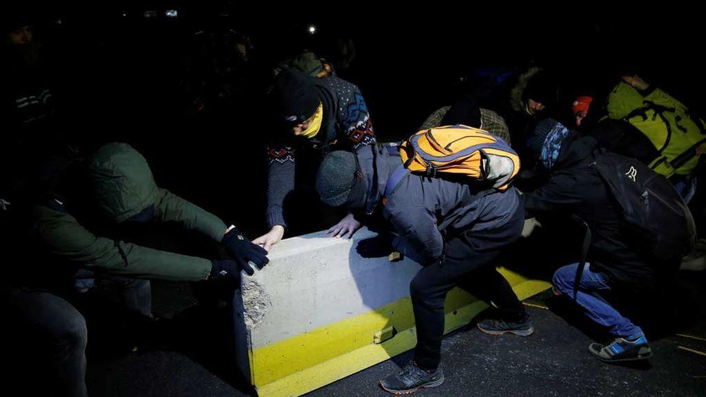 500 vehículos siguen atrapados en la AP-7 en Girona por las manifestaciones de Tsunami Democràtic