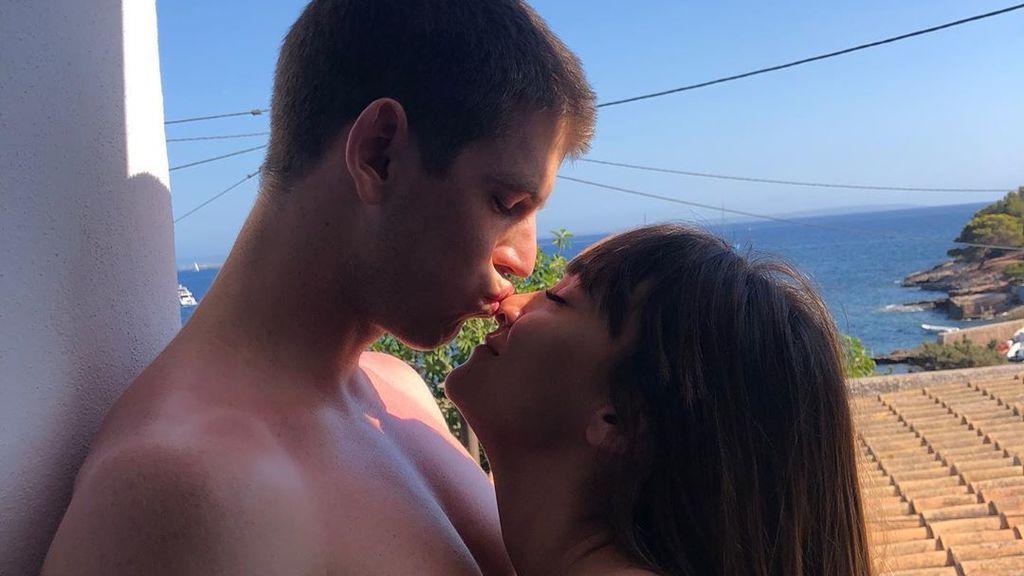 Aitana y Miguel Bernardeau dan un paso más allá en su relación: del silencio a