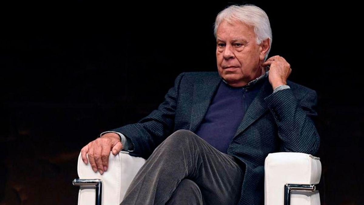 Felipe González critica el preacuerdo de Gobierno entre Sánchez e Iglesias