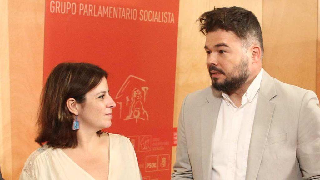 Comienza la reunión entre Adriana Lastra (PSOE) y Gabriel Rufián (ERC) en el Congreso