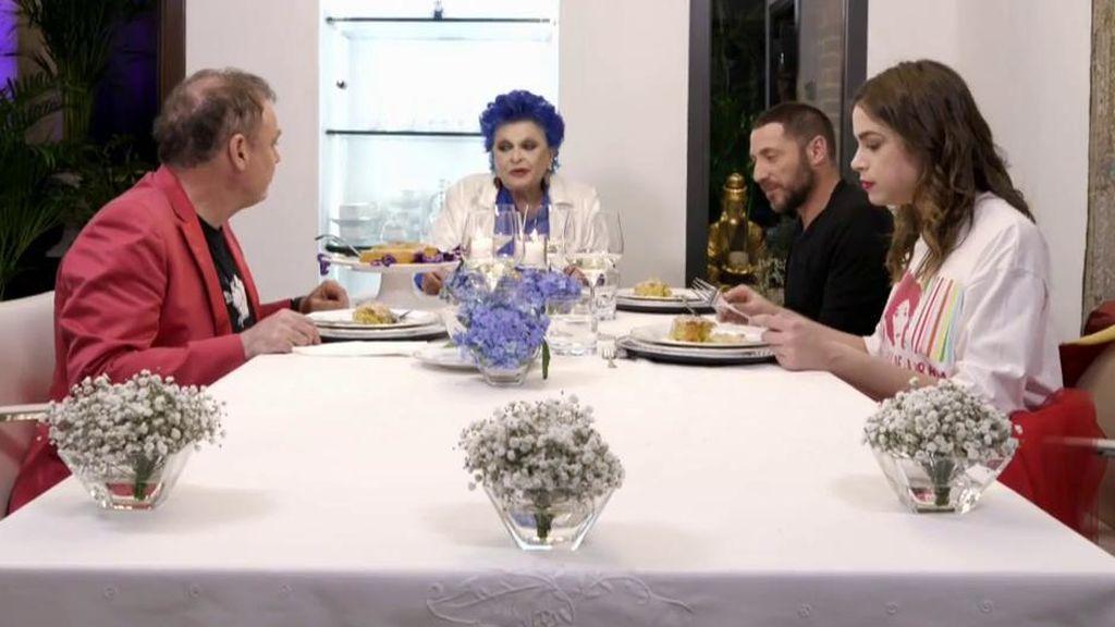 Cuatro estrena una nueva edición de 'Ven a cenar conmigo. Gourmet Edition' con Lucía Bosé como primera anfitriona
