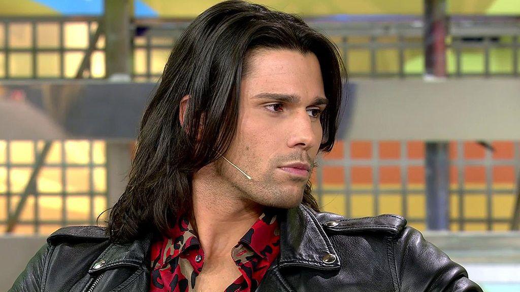 Luca aclara si indicó a su hermano decir que estaba enamorado de Adara