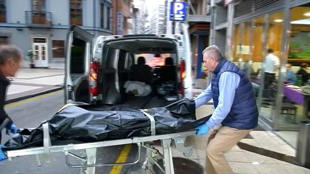 Encuentran los cadáveres momificados de un conocido arquitecto y de su hermana en Oviedo