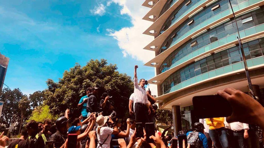 Así son las manifestaciones de chavistas y opositores en Venezuela