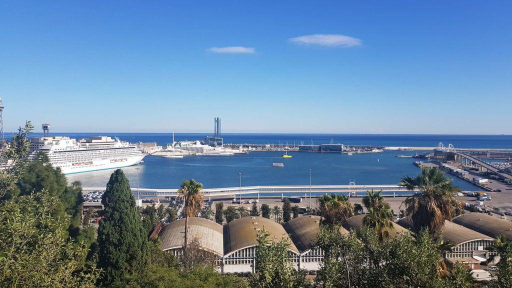 Barcelona busca remontar la caída del turismo español