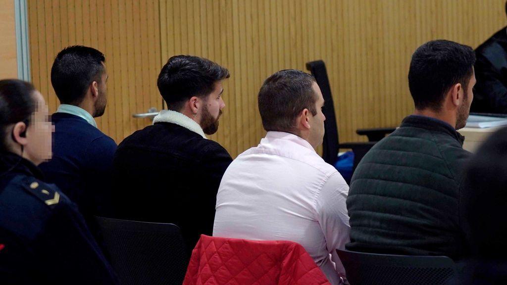 La discusión sobre la validez del vídeo centra la primera sesión del juicio contra La Manada de Pozoblanco