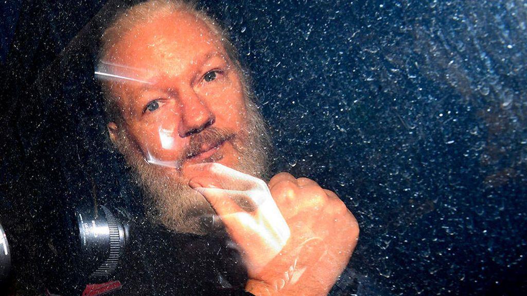 Suecia archiva la investigación por violación contra Julian Assange