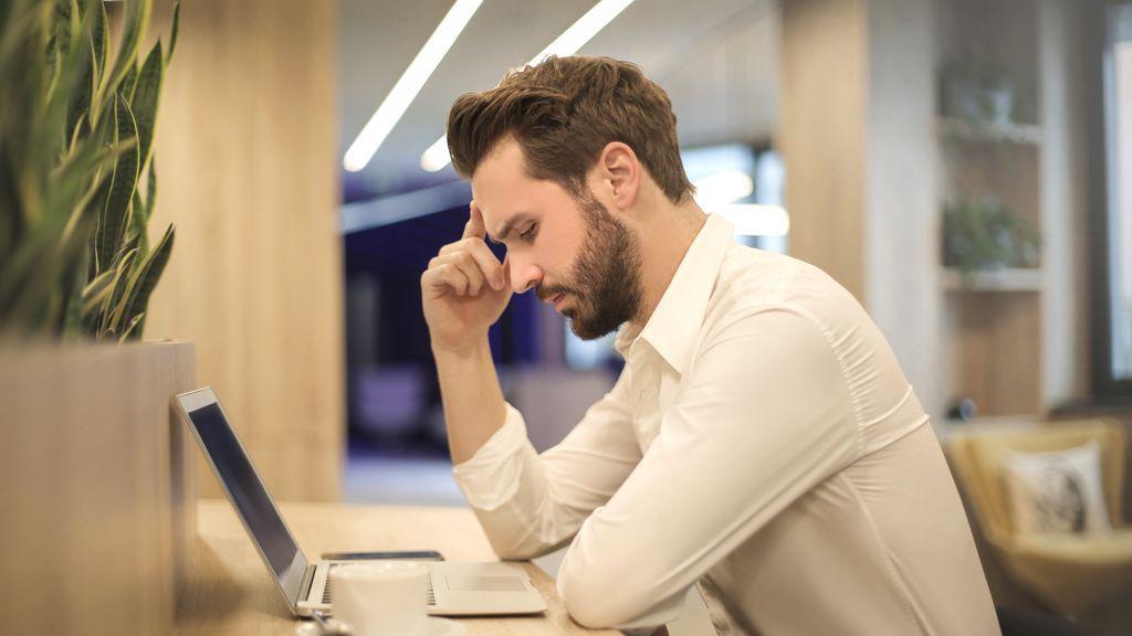 """Los seis consejos para prevenir """"el síndrome del ordenador"""" en los ojos"""