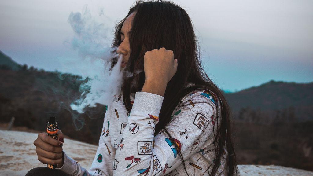 Alerta adolescentes: crece la moda de consumir de cannbis a través de cigarrillos electrónico