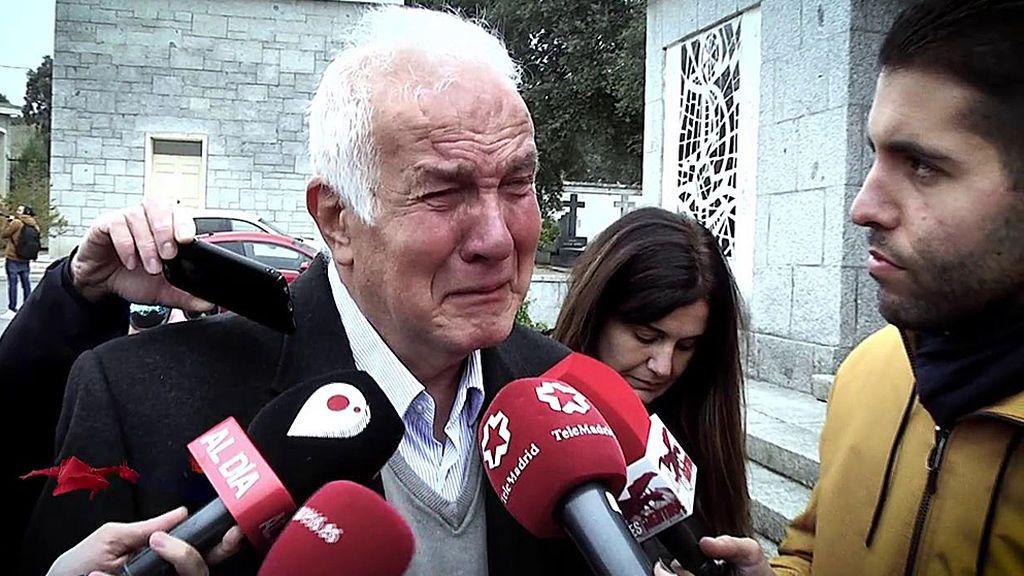 """Los nostálgicos lloran a Franco: """"Quería mucho al caudillo"""""""