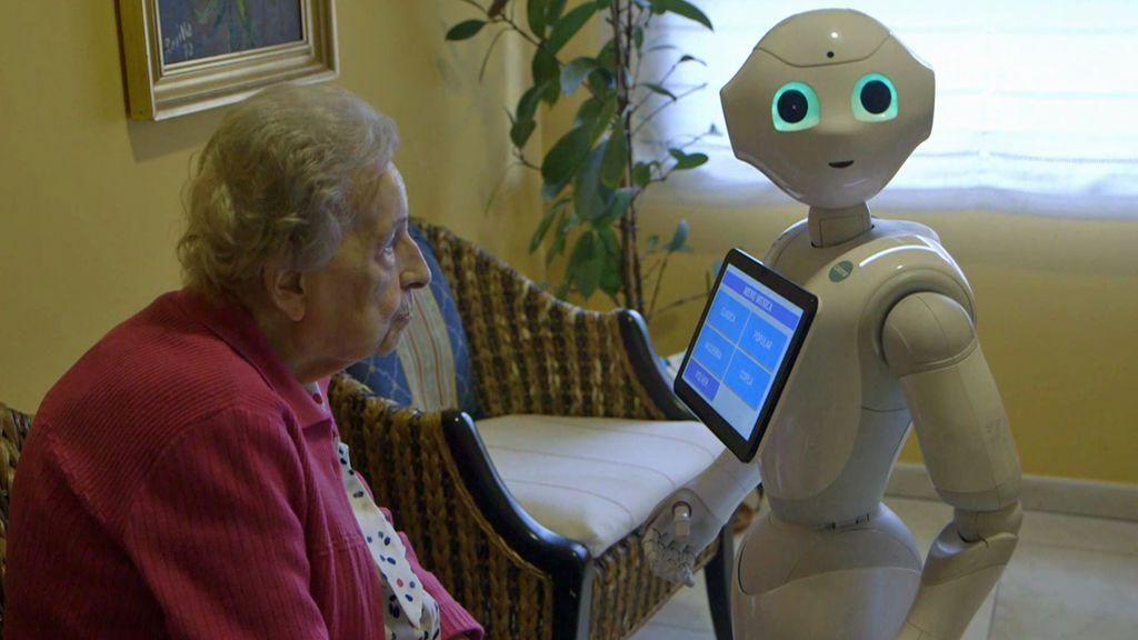 Un geriátrico de Valladolid ya usa robots para cuidar de los ancianos