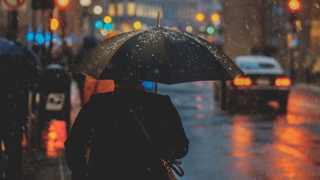 Una profunda borrasca llega el jueves: lloverá en todo el país