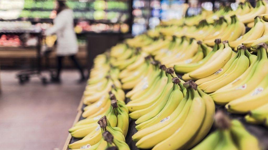 Los supermercados siguen ganando la batalla: ¿están los pequeños comercios a punto de desaparecer?