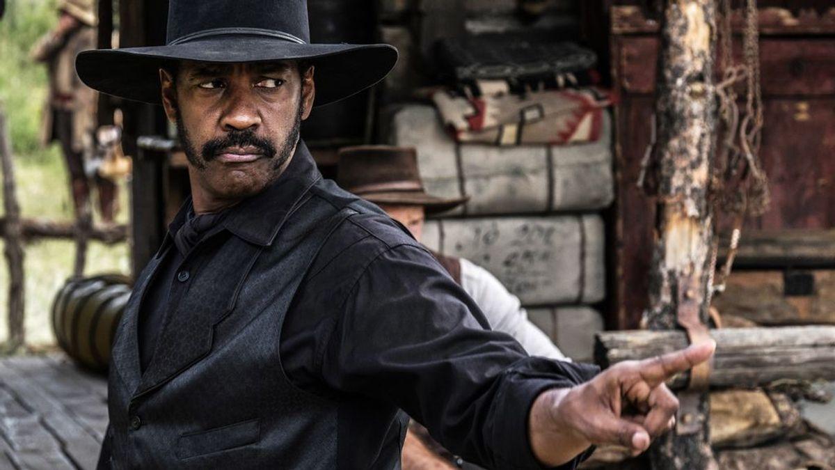 Denzel Washington, el actor chapado a la antigua que no quiso dar un beso a Julia Roberts por ser blanca
