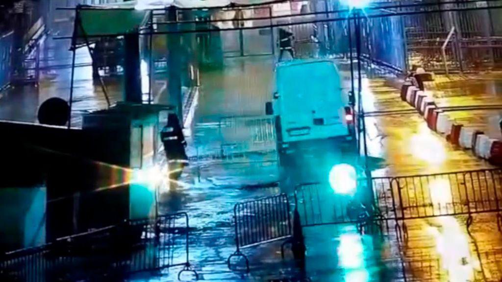 Así se saltó la frontera la furgoneta kamikaze de Ceuta