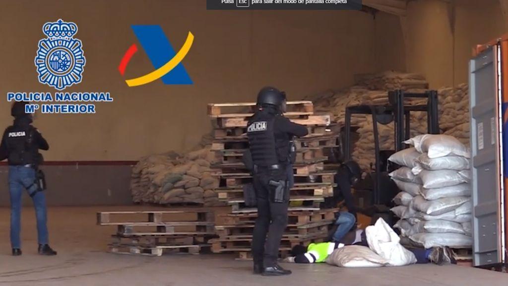 Incautan 426 kilos de cocaína en un contenedor del puerto de Valencia