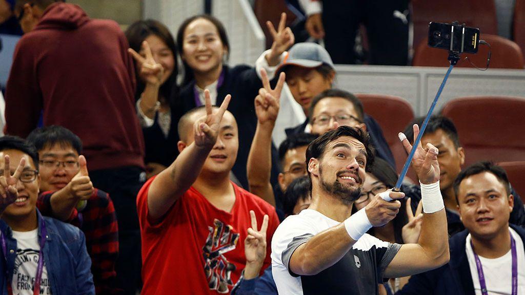 China advierte del robo de huellas dactilares por los 'selfies' con la V de victoria