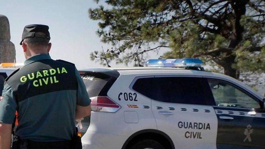Detienen al marido de la exconcejala de Sarría que estuvo un día desaparecida acusado de violencia de género