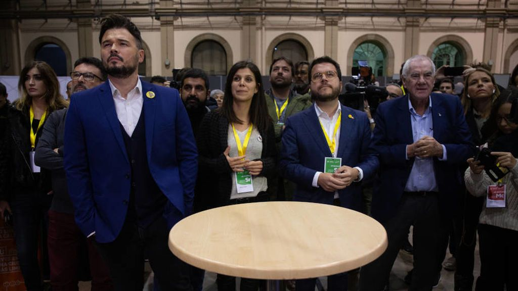 Los militantes ya votan la consulta de ERC