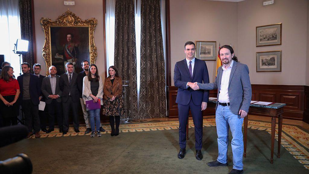 Sánchez e Iglesias siguen negociando la composición de su Gobierno