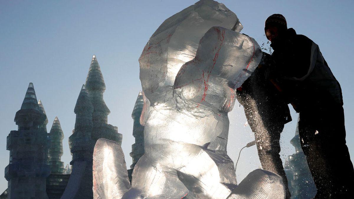 Un niño de dos años muere aplastado por una escultura de hielo en un mercado navideño en Luxemburgo