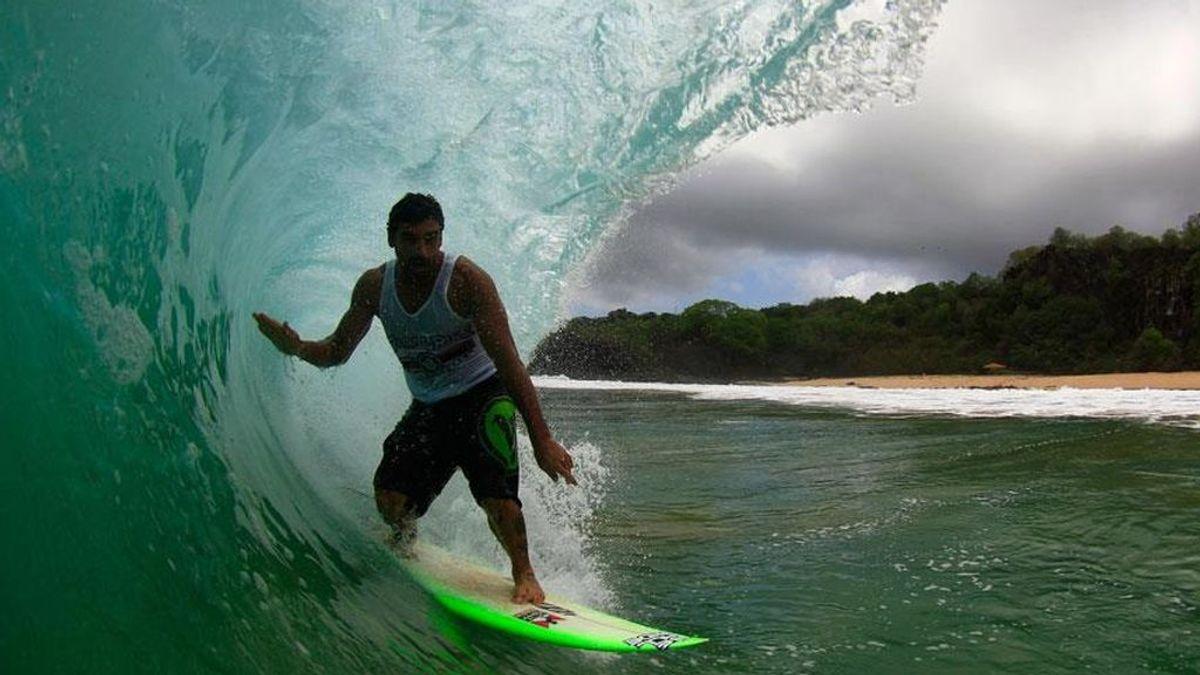 Muere el campeón de surf brasileño, Leo Neves, tras sufrir un infarto en plena competición
