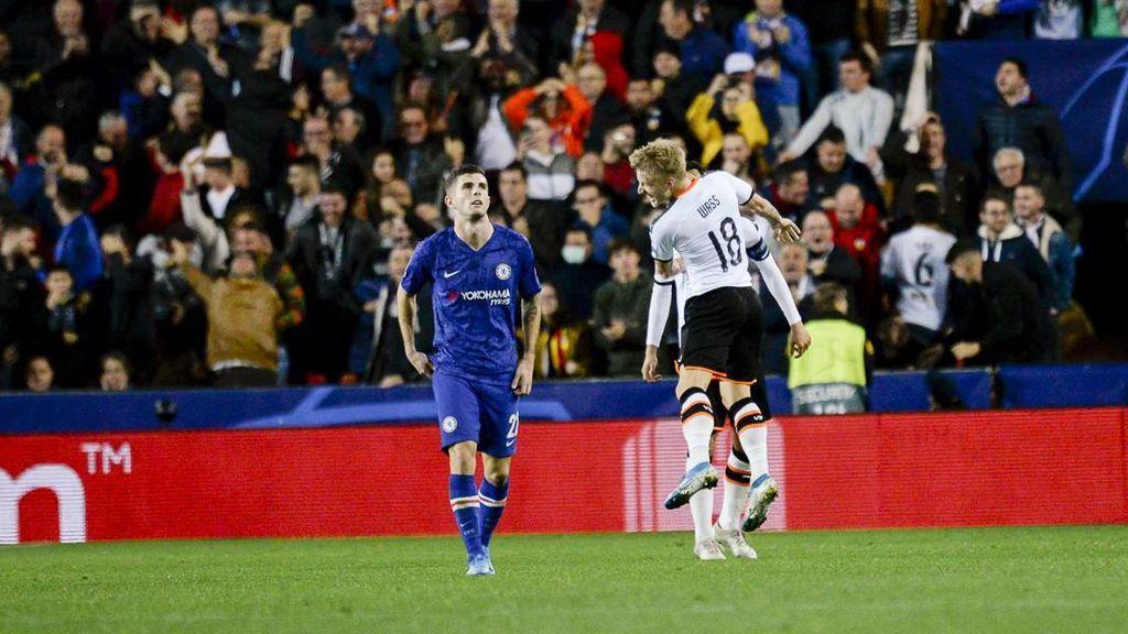 El Valencia empate ante el Chelsea y tendrá que esperar para lograr clasificarse (2-2)